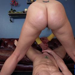 Big Butts & Beyond: Anal Queen Layla Price gets her booty fucked *FULL 4K VIDEO*