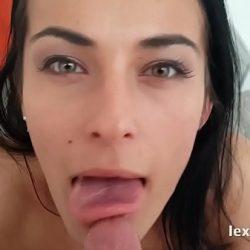 Lexidona – Czech pornstar shows off her ass while fingering her pussy